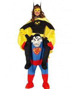 Disfraz de Bat Heroina a hombros